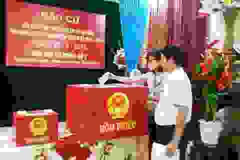 Nữ Bí thư Ninh Bình trúng cử với số phiếu cao nhất