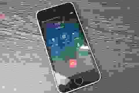 """iPhone 5C """"khoá mạng Nhật"""" âm thầm rút tiền người dùng"""