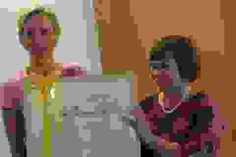 Nữ hộ sinh Việt Nam được trao tặng giải thưởng quốc tế cao quý