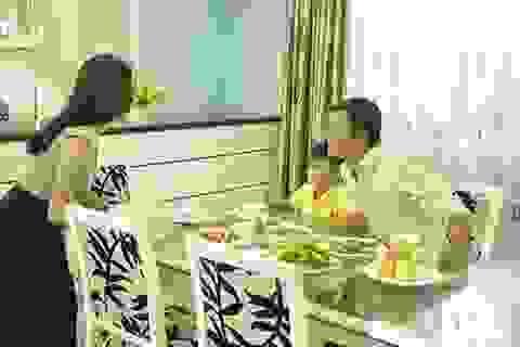 """Vì sao phải """"ăn sáng như vua, trưa như hoàng hậu?"""