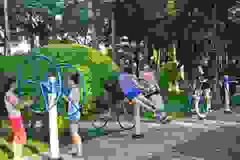Người dân hào hứng với máy tập thể dục công cộng