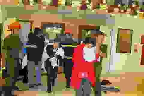 Cháy khách sạn, khách lưu trú nháo nhào tháo chạy
