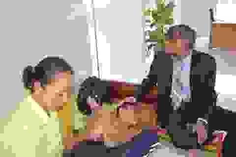 Doanh nhân Singapore hết lòng vì nạn nhân da cam Việt Nam