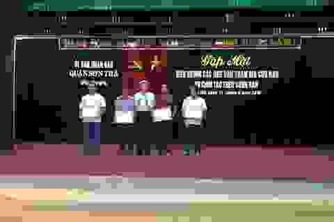 Khen thưởng ngư dân, thợ lặn tham gia cứu nạn vụ lật tàu trên sông Hàn