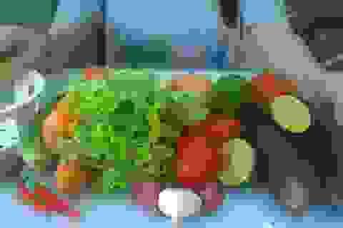 Ăn rau trái: Chống lại gốc tự do, giảm lo bị ung bướu