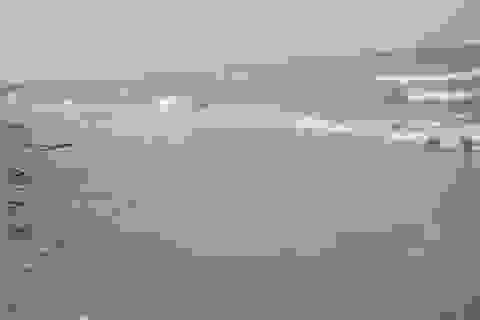 Phát hiện thi thể nam thanh niên ở mép bờ biển