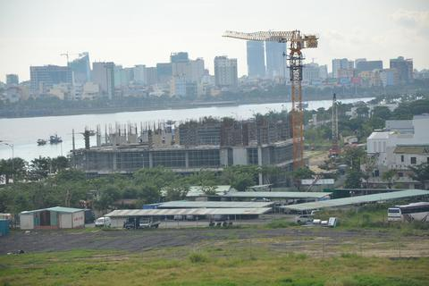 Đà Nẵng xử phạt công trình trung tâm thương mại không phép giữa thành phố