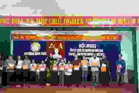 Đà Nẵng: Trao 40 suất học bổng tới học sinh nghèo vượt khó