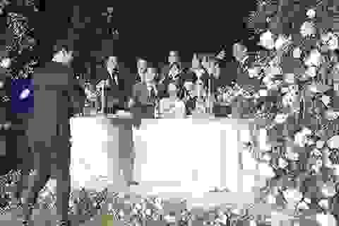 Những hình ảnh đẹp trong đám cưới Bae Yong Joon
