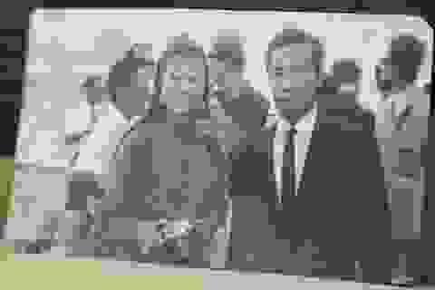 Công bố ảnh tư liệu hiếm có của cố nhạc sĩ Y Vân