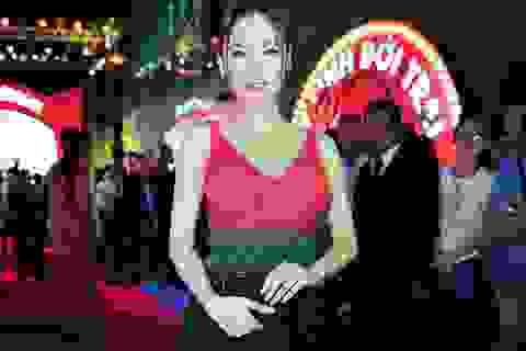 Angela Phương Trinh tái xuất gợi cảm