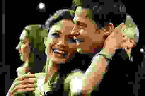 10 bài học tình yêu sâu sắc từ Angelina Jolie và Brad Pitt