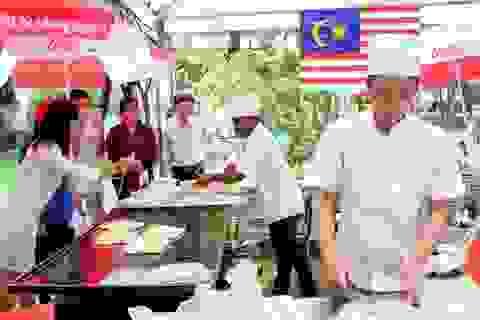 Sài Gòn cuối tuần... Sôi nổi các lễ hội