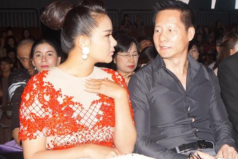 Phan Như Thảo phát tướng, bất ngờ xuất hiện cùng chồng trong sự kiện