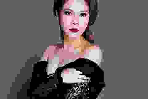 Ca sĩ Thanh Thảo vẫn gợi cảm ở tuổi 40