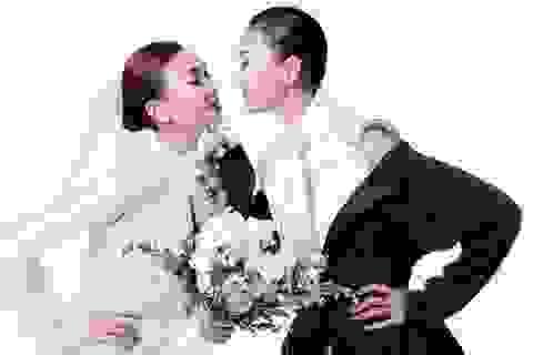 Thanh Hằng gây choáng khi bất ngờ công khai ảnh cưới