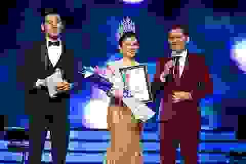 Hoa hậu phu nhân Việt Nam Hoàn cầu 2016 Janny Thủy Trần mở tiệc tri ân