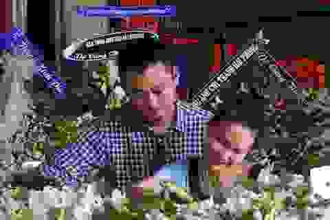 Con gái NSƯT Quang Lý nức nở bên linh cữu cha