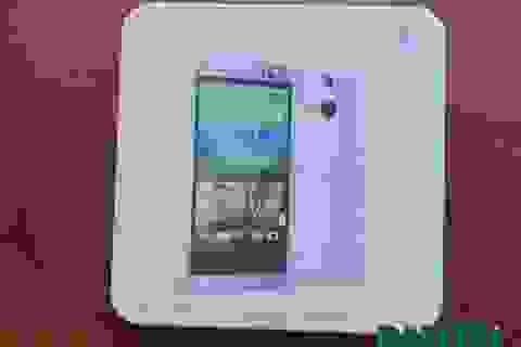 Đập hộp HTC One chính hãng đầu tiên tại Việt Nam