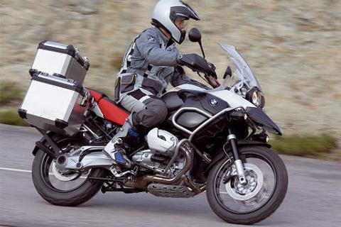 Hơn 43 nghìn xe máy BMW dính lỗi triệu hồi