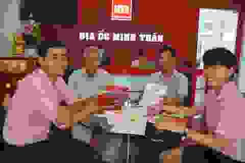 Cư dân phấn khởi nhận Sổ đỏ sở hữu đất nền College Town Da Nang