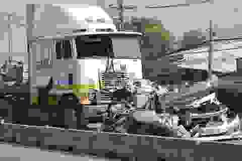 Thêm thời gian điều tra vụ xe container tông chết 5 người