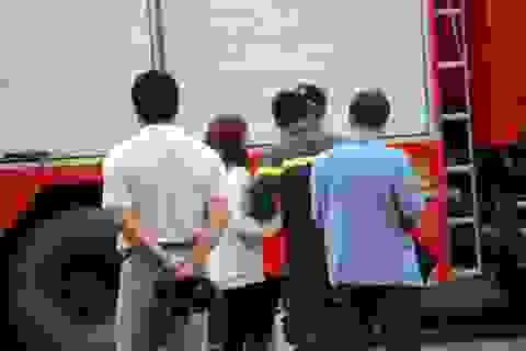 Giải cứu thành công cô gái Hàn Quốc có ý định nhảy lầu tự tử