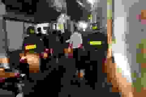 Làm rõ danh tính vợ chồng trùm ma túy bị hơn 200 cảnh sát vây bắt
