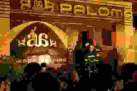 Cháy quán cà phê mới khai trương, 6 người thoát nạn