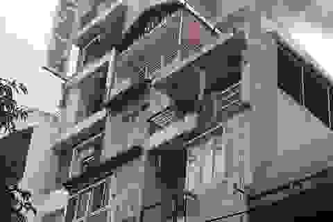 Khách sạn 6 tầng bốc cháy, khách thuê phòng hốt hoảng tháo chạy