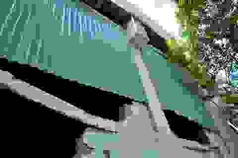 Những vết nứt đáng sợ dưới gầm cầu vượt Nguyễn Hữu Cảnh