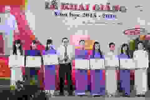 ĐH Bạc Liêu trao thưởng tân sinh viên đạt điểm cao