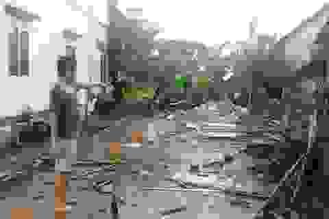 Cà Mau: Chính quyền dỡ nhà dân, cắm cột mốc trên phần đất đang tranh chấp