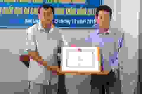 Phóng viên Dân trí được Hội Chữ thập đỏ Việt Nam tặng Bằng khen