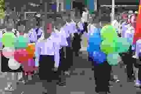 Học sinh Cà Mau đồng loạt tựu trường vào ngày 25/8