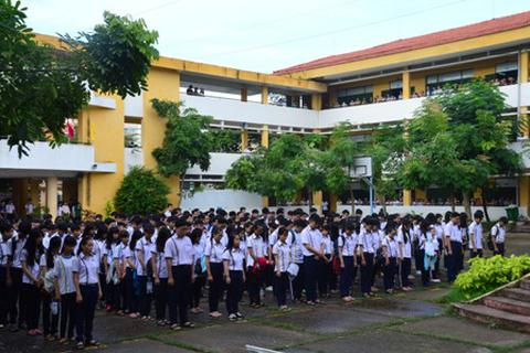Giáo viên, học sinh cùng tưởng nhớ Chủ tịch Fidel Castro