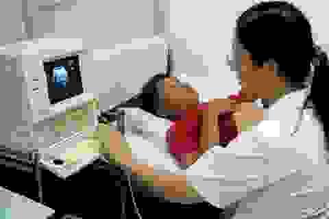 """TPHCM: """"Điều trị"""" căn bệnh yếu kém của y tế tuyến phường xã"""