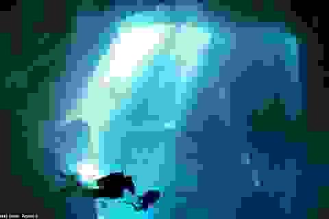Vẻ đẹp kỳ diệu của hố nước ngầm tự nhiên