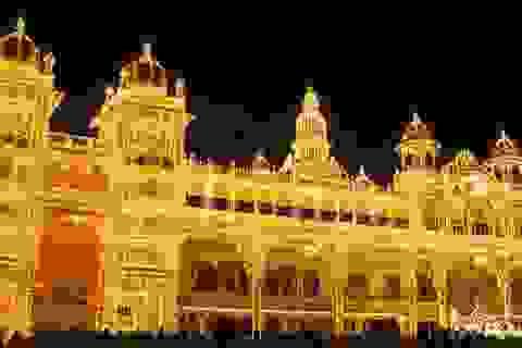 Tới thăm cung điện lộng lẫy bậc nhất Ấn Độ