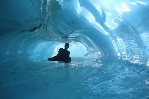 Tour du lịch đắt nhất hành tinh có gì đặc biệt?