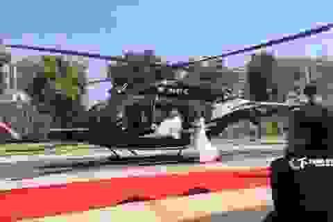 Rước dâu bằng trực thăng, cặp đôi gây tắc đường cả tuyến phố