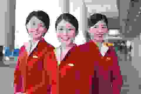 Khách Trung Quốc hất nước cam vào mặt tiếp viên hàng không