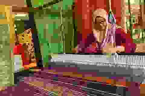 Trải nghiệm lớp học vẽ Batik - nghệ thuật độc đáo của người Malaysia