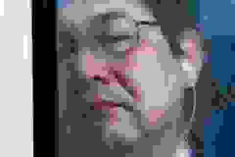 """""""Ngạt thở"""" với cảnh tượng chen chúc trên tàu điện ngầm ở Nhật Bản"""