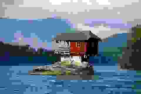 Khó tin những ngôi nhà kỳ lạ nằm bất chấp mọi địa hình