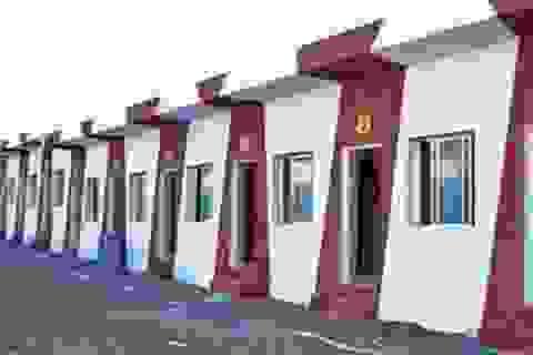 Mừng đám cưới con gái, doanh nhân xây 90 ngôi nhà cho người nghèo