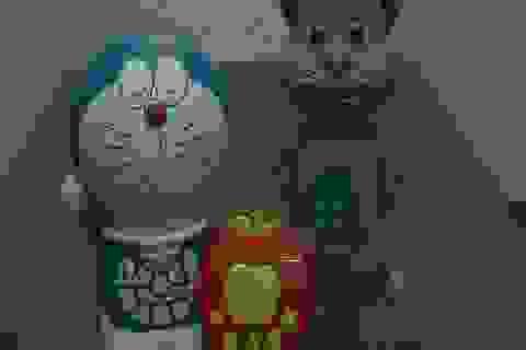"""Choáng với đồ chơi trẻ em kể chuyện tục tĩu, """"xúi"""" trẻ tự tử"""