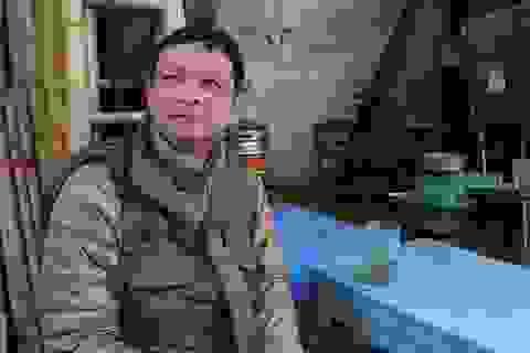 Người Hà Nội uống bia hơi bất chấp thời tiết buốt giá