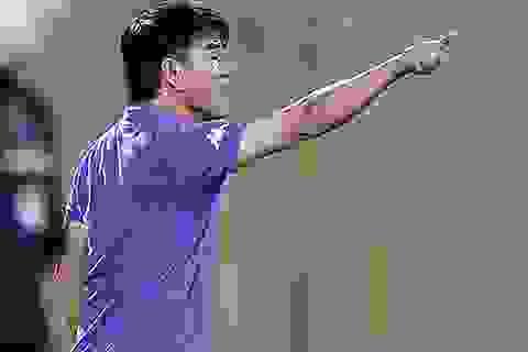 """HLV Phan Thanh Hùng: """"Tôi không nghĩ rằng cầu thủ của tôi tát nước theo mưa!"""""""