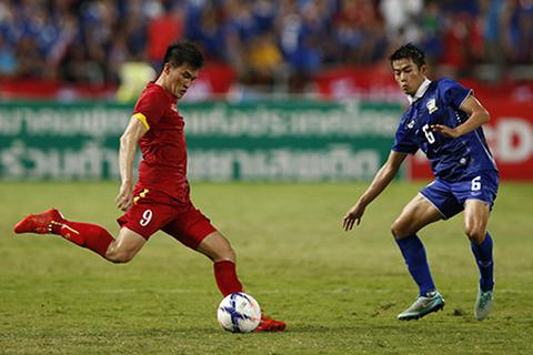 Lối chơi riêng cho các đội tuyển Việt Nam: Cái khó… bó cái khôn